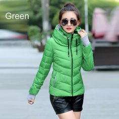 Winter Coats Women 2015 Warm Gloves Cuff Fashion Slim Fit Short Parka Plus Sizes Hooded Outdoor Down Cotton Jacket High Quality