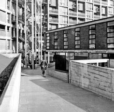 Park Hill Flats, Sheffield (by Sheffield Libraries and Archives)