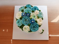 blue flower cake, butter cream cake