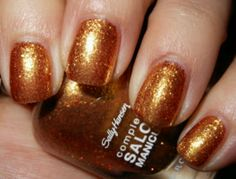 3 coats of sally hansen - gilded lily #nails
