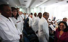 #Escapar o casarse: la disyuntiva de los médicos cubanos en Brasil - El Nuevo Herald: El Nuevo Herald Escapar o casarse: la disyuntiva de…