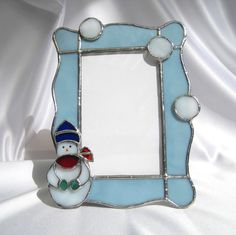 Fun in the Snow Stained Glass 4 x 6 Picture Frame by hobbymakers, $20.00 Stained Glass Frames, Stained Glass Projects, Stained Glass Art, Mosaic Glass, Fused Glass, Mirrored Picture Frames, Glass Picture Frames, Stained Glass Christmas, Glass Mirrors
