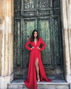 Deep V Neck Long Prom Dresses With Split, – cutedress The Dress, Dress For You, Prom Dresses, Formal Dresses, Wedding Dresses, Red Evening Gowns, Dress To Impress, Beautiful Dresses, Ideias Fashion