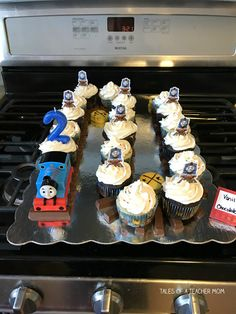 Thomas the Train Birthday Party - Tales of a Teacher Mom Train Birthday Party Cake, 3rd Birthday Party For Boy, Second Birthday Cakes, Thomas Birthday Parties, Thomas The Train Birthday Party, Birthday Ideas, Train Party Decorations, 50th Birthday Party Decorations, Thomas Cakes