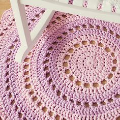 mandala floor rug w/t-shirt yarn