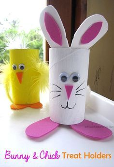 Easter Treat Holders from Cardboard Tubes bunny chick easter treat holder from cardboard tubes tp rolls Make these cute easter bunny and chick holders for your easter treats! Bunny Crafts, Easter Crafts For Kids, Toddler Crafts, Preschool Crafts, Diy For Kids, Spring Crafts, Holiday Crafts, Toilet Paper Roll Crafts, Toilet Paper Rolls