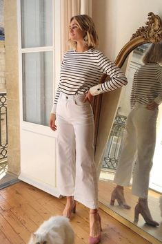 10 Casual Friday Work Outfits to Copy for Summer - Work Outfits Women Style Année 80, Mode Style, Style Icons, French Fashion, Look Fashion, Womens Fashion, Fashion Vintage, Fashion 2018, Minimalist Fashion French
