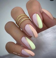 Almond Shape Nails, Almond Acrylic Nails, Best Acrylic Nails, Hot Nails, Swag Nails, Stylish Nails, Elegant Nails, Gorgeous Nails, Pretty Nails
