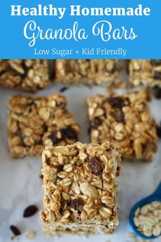 Recipes Breakfast Granola Healthy Homemade Granola Bars that are much more nutritious than anything you'll find pre-made at the store. They contain plenty of whole grains and are low in sugar. Low Sugar Granola, Healthy Granola Bars, Homemade Granola Bars, Low Sugar Protein Bars, Chocolate Chip Granola Bars, Low Sugar Recipes, No Sugar Foods, Healthy Meals For Kids, Healthy Recipes