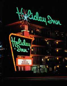 Holiday Inn ad - We stayed in a lot of these on our trips to Florida! Vintage Hotels, Vintage Travel, Vintage Advertisements, Vintage Ads, Vintage Room, Vintage Neon Signs, Lokal, Old Signs, Googie