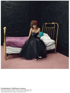 Vogue: Paris: Couture