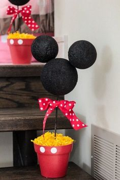A fun Mickey Mouse themed birthday party perfect for any age | BabyCenter Blog