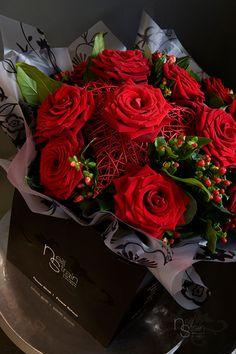 Neill-Strain-Valentines-Day-Flowers-002.jpg