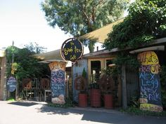 The Bodhi Tree Café - A great place to kick back with friends, a bowl of wedges, nachos, and great sticky date pudding.