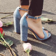 Spring trends to try: blue shoes, pastel nails and more!