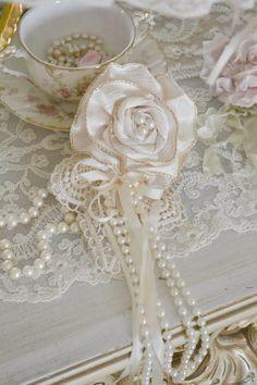 Ivory Gillyflower Handmade by Jennelise by Jenneliserose on Etsy