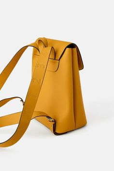 ZARA - Female - Topstitched backpack - Mustard - M Zara, Winter Fashion Outfits, Fashion Bags, Chinese Embroidery, Leather Backpacks, Leather Bags, Backpack Purse, Going Home, Bucket Bag
