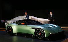 De 800pk tellende Aston Martin Vulcan Hypercar .