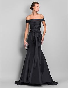 TS Couture® Formal Evening Dress - Black Plus Sizes / Petite Trumpet/Mermaid Off-the-shoulder Sweep/Brush Train Taffeta 2016 - $76.99