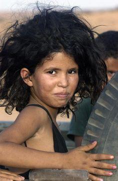 Western Sahara Refugees | A child in Dakhla Refugee Camp,  23/Jun/2003. Algeria. UN Photo/Evan Schneider, United Nations Photo