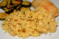 Instant Pot Creamy Macaroni & Cheese - The Cookin Chicks