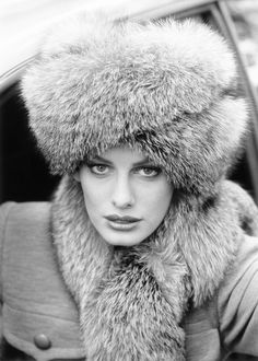 1994, Givenchy hat and scarf in SAGA Blue Frost Fox Fur Nr_16_90.jpg 1,519×2,126 pixels