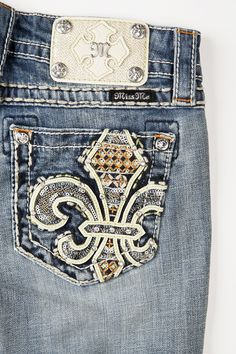 Garden Boot Cut Cute Country Girl, Country Girls Outfits, Miss Mes, Garden Boots, Bling Jeans, Casual Outfits, Cute Outfits, Jeans Dress, Pants