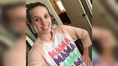 JILL DUGGAR Stuns in a make up free photo session in latest Instagram