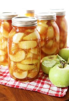 Homemade Apple Pie Filling Recipe – Skip to my Lou Homemade canned apple pie filling recipe. How to make your own simple cinnamon and sugar apple pie filling. Don't let those extra fall apples go to waste! Apple Dessert Recipes, Apple Recipes, Homemade Apple Pie Filling, Apple Filling, Homemade Pie, Tart Filling, Apple Crisp, Canning Recipes, Canning Jars