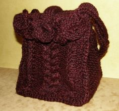 Braided Cables Bag: Loom Knitting Pattern