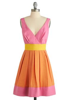 Pretty color block dress. i would wear every day!!!