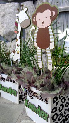 Personalized Party Decor by GracefullyBlooming Monkey Birthday, Animal Birthday, Birthday Diy, 2nd Birthday Parties, Safari Decorations, Birthday Party Decorations, Baby Shower Decorations, Fiesta Baby Shower, Baby Shower Giraffe
