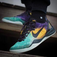 buy online fc433 cf0cd Nike Kobe 8 System