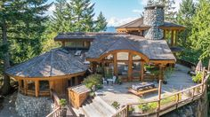 One of my favorite homes, a round log post and beam home in BC is for sale. Here…