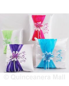 Quinceanera Kneeling Pillows | Cojines de Quinceanera