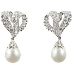Pre-owned Cartier 1950s Diamond and Pearl Earrings (£42,305) ❤ liked on Polyvore featuring jewelry, earrings, clip-on earrings, clip on earrings, clip earrings, pearl jewellery, pearl jewelry and clip back earrings