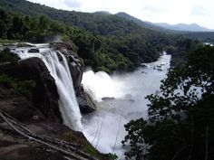 6 Nights & 7 Days Kerala Holiday Packages. Destinations: Thekkady , Munnar , Cochin , Alappuzha Houseboat , Athirapally  Book Now : http://www.vnhindia.com/packages?page_id=30&id=144
