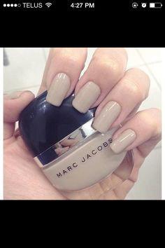 Beige tna neutral nail polish fake acrylic. I like this color.