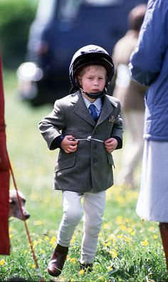Happy Birthday, Prince Harry — See Him Grow Up in the Spotlight! Prince Harry Of Wales, Prince William And Harry, Prince Harry And Megan, Prince Henry, Royal Prince, Prince Charles, Lady Diana, Diana Son, Harry Windsor