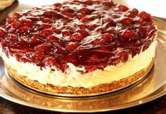 Really delicious! Dutch Recipes, Sweet Recipes, Cake Recipes, Sweet Desserts, No Bake Desserts, Cheesecake Desserts, Cream Pie, Saveur, Food Cakes