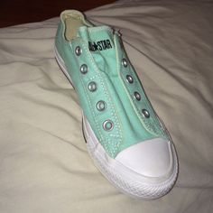 585427f4104afb Shop Women s Converse Green size 6 Shoes at a discounted price at Poshmark.  Description  Low top converse without laces.