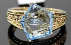 GORGEOUS 14K YELLOW GOLD RING WITH 2.03 CTW TOPAZ AND DIAMONDS1 #A8  Fascinating!
