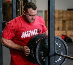 Greg Panora has done it all. Multiple World Record holder while training at Westside Barbell and now one of the top raw lifters in the World, plus a top coach to boot. Greg sits down with Brandon and Chad to discuss his training, transitioning from multiply to raw, his time at Westside and how he …