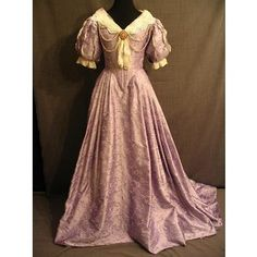 Costumes/17th & 18th Century Restoration/Women's Wear/Gowns/09004778 Gown Women's 18thC, lavender embroidered silk, B33 W25.5