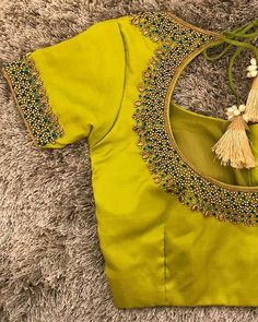 The Effective Pictures We Offer You About blouse designs sabyasachi A quality picture can tell you m Blouse Back Neck Designs, Cutwork Blouse Designs, Simple Blouse Designs, Stylish Blouse Design, Bridal Blouse Designs, Saree Blouse Designs, Simple Designs, Mode Abaya, Designer Blouse Patterns