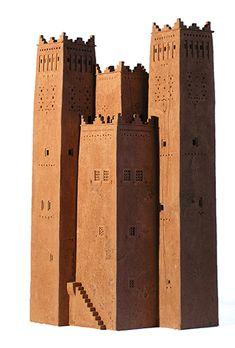 Arthur Meijer - Fondouk Al hamri Pottery Sculpture, Sculpture Art, Sculptures, Clay Houses, Paper Houses, Theatrical Scenery, Architectural Sculpture, Fantasy City, Futuristic City