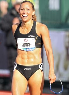 Lolo Jones She's Team U. Hurdler Lolo Jones may have yet to win an Olympic medal, but her rock-hard abs make her a winner in our book. Lolo Jones, Fitness Workouts, Fitness Motivation, Women's Fitness, Fitness Models, Olympic Track And Field, Track Field, Olympic Athletes, Tennis