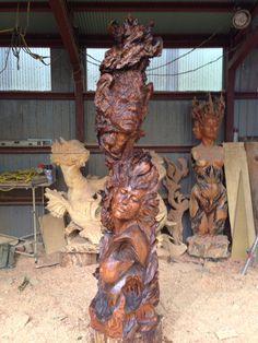 Chainsaw Suclpture work of Hikaru Kodama
