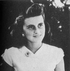 Kathleen Kennedy (1920 - 1948) cause of death plane crash.