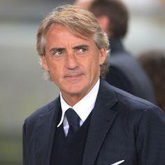 Agen Sbobet Terbesar – Inter Milan yang semenjak di tangani oleh Roberto Mancini, berhasil menduduki puncak klasemen Liga Italia Serie A.